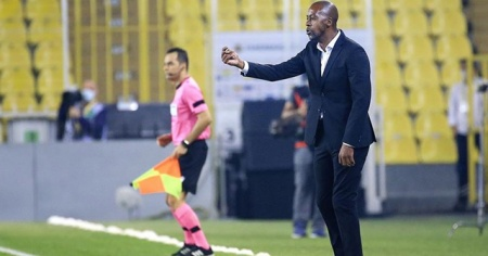 Trabzonspor'da teknik direktör Eddie Newton ile yollar ayrıldı