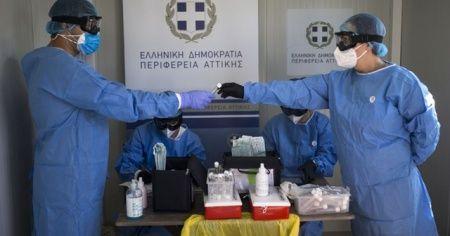Yunanistan'da günlük Kovid-19 vakaları en yüksek seviyesine çıktı