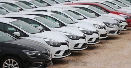 Yüzde 50 ÖTV dilimine giren araçlara vatandaşlar akın etti