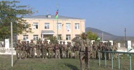Zengilan kent merkezine Azerbaycan bayrağı dikildi