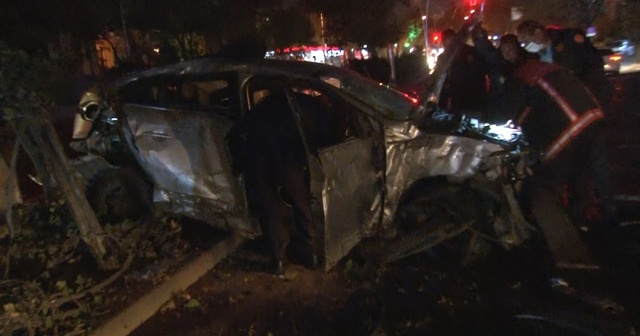 Ankara'da sıkışmalı trafik kazası: 2 yaralı