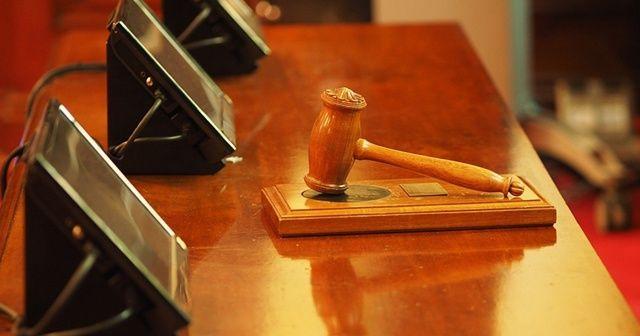 Camide 6 kişiyi öldüren katilin cezası 15 yıl indirildi