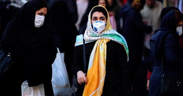 Cezayir'de yeni korona virüs kısıtlamaları getirildi