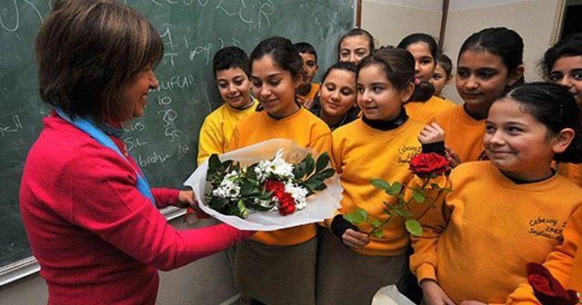 En güzel Öğretmenler Günü mesajları / En güzel Öğretmenler günü sözleri ve şiirleri