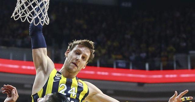 Fenerbahçeli Vesely'ye para cezası
