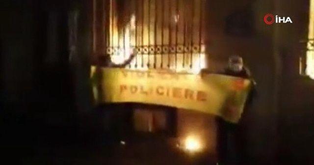 Fransızlar Merkez Bankasını ateşe verdi