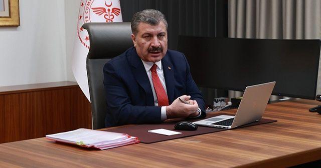 """Sağlık Bakanı Koca, vatandaşlardan """"biz evdeyiz"""" paylaşımı istedi"""