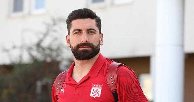 Sivasspor'da kaleci Muammer korona virüse yakalandı