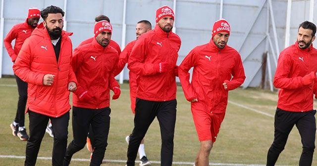 Sivasspor, Karabağ maçı hazırlıklarına başladı