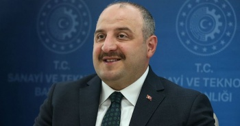 Bakan Varank: Yılın üçüncü çeyreğinde güçlü bir ekonomik büyüme göstereceğiz