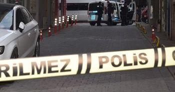 Balkondan düşen 75 yaşındaki kadın hastanede hayatını kaybetti