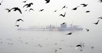 Çanakkale Boğazı'nda yoğun sis nedeniyle gemi geçişleri kapatıldı
