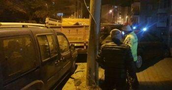 Freni boşalan kamyonet 4 araca çarptı