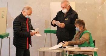Gürcistan'daki genel seçimde iktidar partisi önde