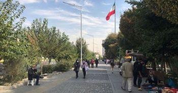 İran'da koronavirüs hızla yayılıyor