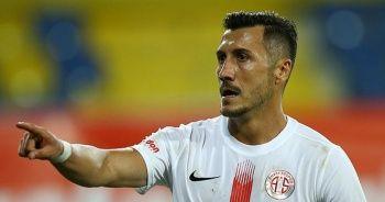 Jahovic'e 2 maç men cezası