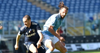 Lazio beraberliği son dakikada kurtardı