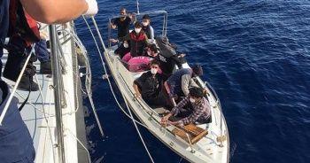 Mersin açıklarında 13 düzensiz göçmen yakalandı
