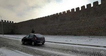 Meteoroloji sağanak ve kar uyarısı yaptı