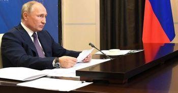 Putin: Kovid-19 ekonomik kriz başlattı
