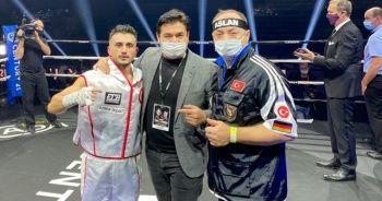Türk boksörün hakkını Fransızlara yedirmedi