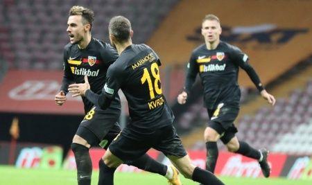 Gustavo ilk golünü attı