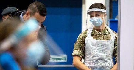 İngiltere'de son 24 saatte Covid-19 nedeniyle 521 kişi hayatını kaybetti
