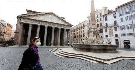 İtalya'da Covid-19'a bağlı can kayıpları 50 bini aştı