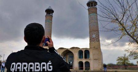 Karabağ futbol takımı işgalden kurtarılan şehre 27 yıl sonra ayak bastı