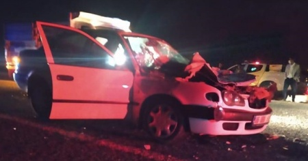 Otomobil biçerdövere çarptı: 1 ölü, 2 yaralı