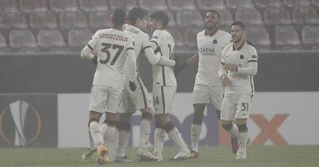 UEFA Avrupa Ligi'nde Roma gruptan çıkmayı garantiledi