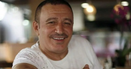 Ünlü türkücü Mustafa Topaloğlu tehlikeyi atlattı