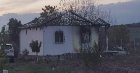 Yangında 2 çocuk öldü, baba ve anne ağır yaralandı