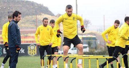 Yeni Malatyaspor: 2 futbolcumuzda pozitif vakaya rastlanmıştır