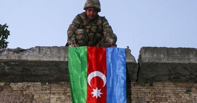 Azerbaycan'da Zafer Bayramı 8 Kasım olarak değiştirildi