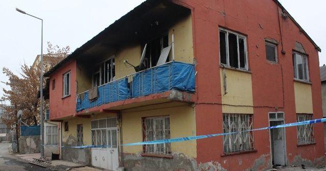 Elektrikli soba faciası: Baba ve 2 çocuğu yandı