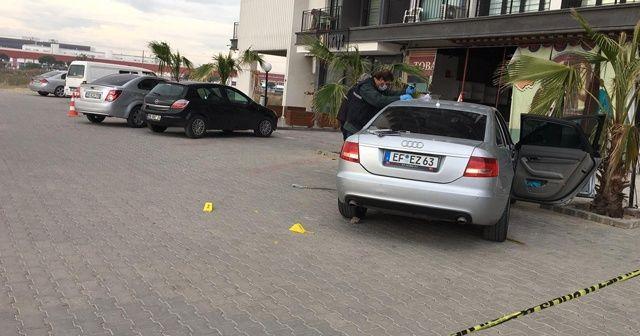 Eski eşini kaçırdı, yanındaki adamı tüfekle vurdu
