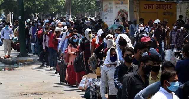 Hindistan'da korona virüs vakaları 10 milyonu aştı