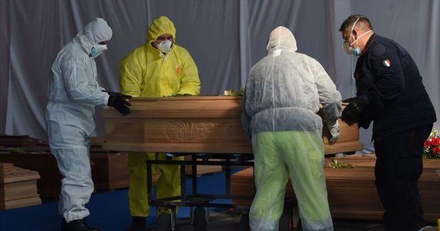 İtalya'da son 24 saatte Covid-19'a bağlı 659 ölüm