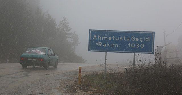 Karabük-Bartın Karayolu'nda kar yağışı başladı