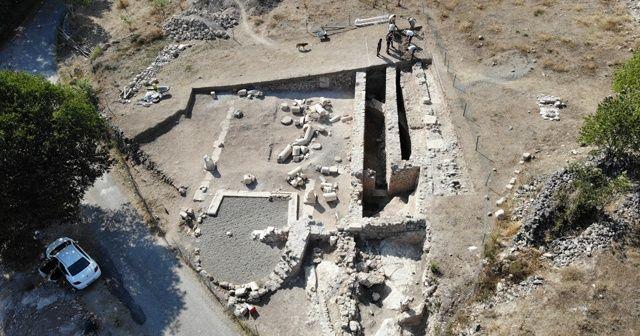 Karadeniz'in Zeugması'ndaki mezardan 1800 yıllık ölü hediyeleri çıktı