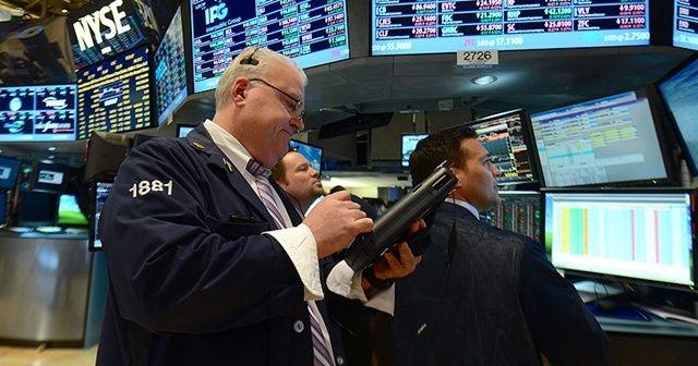 """Küresel piyasalar, haftaya """"mutasyon"""" endişeleri ile başladı"""