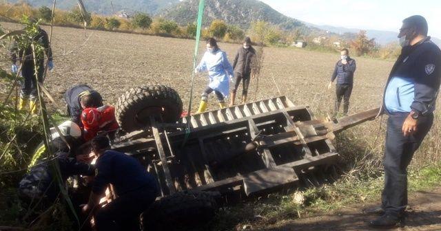 Traktör römorku devrildi: 1 ölü