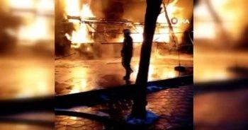 Başkent'te kapalı pazar yerinde yangın