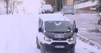 Başkent'te kar yağışı sürücülere zor anlar yaşattı