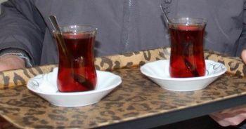 Çay satana da içene de ceza