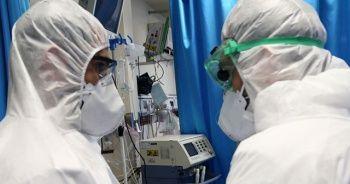 İki doktor korona nedeniyle hayatını kaybetti