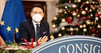 İtalya Başbakanı Conte: Örnek olmak için ben hemen aşı olmaya hazırım