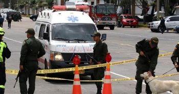 Kolombiya'daki silahlı saldırıda 5 kişilik aileyi katlettiler