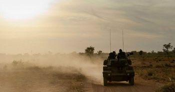 Mali'de 3 Fransız asker araçlarına düzenlenen bombalı saldırıda öldü